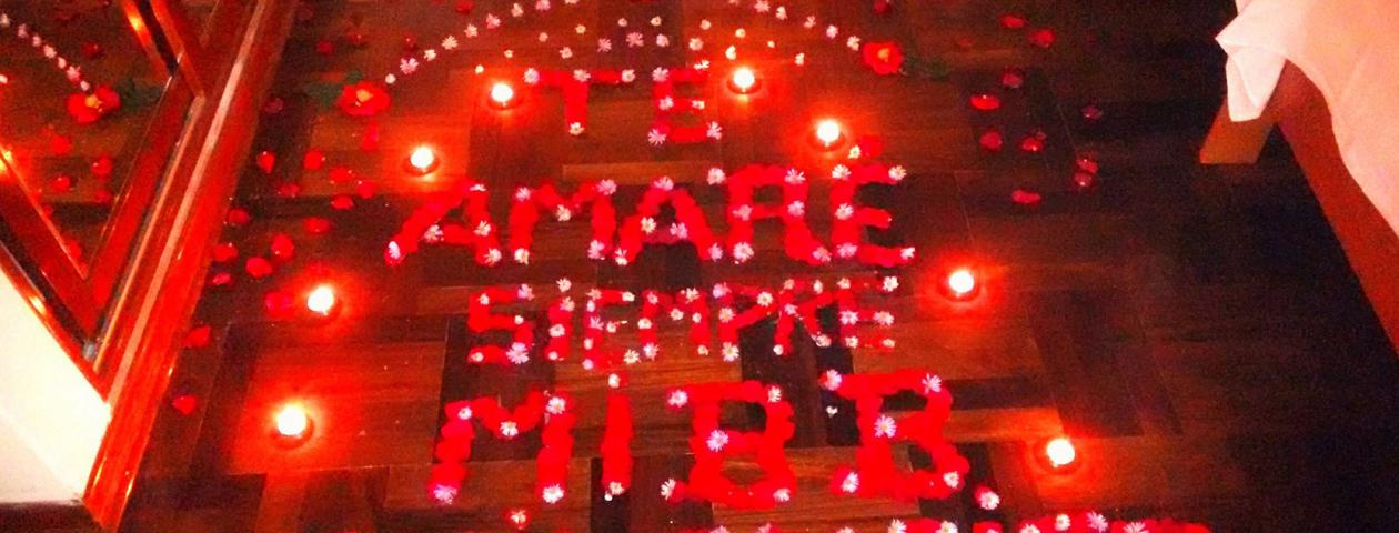 Decoracion romantica de habitaciones con velas for Habitacion 14 de febrero